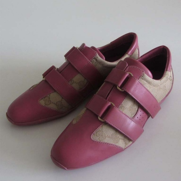 ba4a8263e3a2f Gucci Shoes - Gucci 121830 GG monogram low top sneakers 38 C